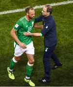 5 September 2017; David Meyler and Republic of Ireland manager Martin O'Neill during the FIFA World Cup Qualifier Group D match between Republic of Ireland and Serbia at the Aviva Stadium in Dublin. Photo by Stephen McCarthy/Sportsfile