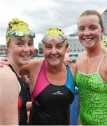 9 September 2017; Race winner Anne Marie Bourke from Dublin with children Heather, left, and Alison, right, following the Jones Engineering 98th Dublin City Liffey Swim organised by Leinster Open Sea and supported by Jones Engineering, Dublin City Council and Swim Ireland. Photo by Ramsey Cardy/Sportsfile