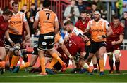 9 September 2017; Jean Kleyn of Munster scores his side's fourth try despite the efforts of Francois Venter and Paul Schoeman of Cheetahs during the Guinness PRO14 Round 2 match between Munster and Cheetahs at Thomond Park in Limerick. Photo by Diarmuid Greene/Sportsfile