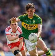 17 September 2017; David Clifford of Kerry in action against Conor McCluskey of Derry during the Electric Ireland GAA Football All-Ireland Minor Championship Final match between Kerry and Derry at Croke Park in Dublin. Photo by Seb Daly/Sportsfile