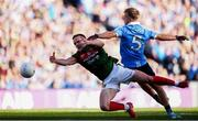 17 September 2017; Andy Moran of Mayo in action against Jonny Cooper of Dublin during the GAA Football All-Ireland Senior Championship Final match between Dublin and Mayo at Croke Park in Dublin. Photo by Stephen McCarthy/Sportsfile