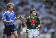 17 September 2017; Martin Kirk, St. Finloughs PS, Limavady, Co. Derry, representing Mayo, and Fiachra Dowd, St Mary's NS, Ballyhaise, Co. Cavan, representing Dublin, during the INTO Cumann na mBunscol GAA Respect Exhibition Go Games at Dublin v Mayo GAA Football All-Ireland Senior Championship Final at Croke Park in Dublin. Photo by Ray McManus/Sportsfile