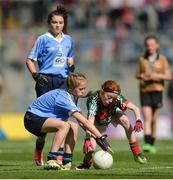 17 September 2017; Grace Murtagh, Milltown NS, Milltown, Co. Kildare, representing Mayo, in action against Aobha Harmon, Rathcoyle NS, Rathdangan, Co. Wicklow, representing Dublin, during the INTO Cumann na mBunscol GAA Respect Exhibition Go Games at Dublin v Mayo GAA Football All-Ireland Senior Championship Final at Croke Park in Dublin. Photo by Piaras Ó Mídheach/Sportsfile
