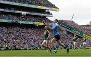 17 September 2017; Dean Rock of Dublin scores a late fisted point during the GAA Football All-Ireland Senior Championship Final match between Dublin and Mayo at Croke Park in Dublin. Photo by Piaras Ó Mídheach/Sportsfile