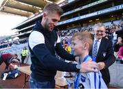 27 October 2017; Ruairi Deignan of Ballyroan BNS is presented with his medal by his cousin Jonny Cooper, after winning the Corn Kitterick shield during day 3 of the Allianz Cumann na mBunscol Finals at Croke Park, in Dublin. Photo by David Fitzgerald/Sportsfile
