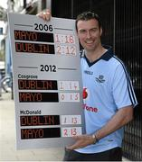 30 August 2012; Predicting the scores at the Vodafone GAA All-Ireland Football Semi-Final Press Conference ahead of Sunday's clash between Dublin and Mayo is former Dublin star Ray Cosgrove who was joined by Ciarán McDonald, Mayo, for the event. Flannery's Dublin, Camden Street, Dublin. Picture credit: Ray McManus / SPORTSFILE