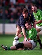 18th October 1998.  Glenn Ryan, Ireland in action against Jim Stynes, Australia. Ireland v Australia, International Rules, Croke Park.  Picture Credit Ray McManus/SPORTSFILE.