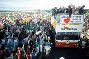 1990; Rep of Ireland homecoming from World Cup in Italy. Picture Credit; Ray McManus/SPORTSFILE.