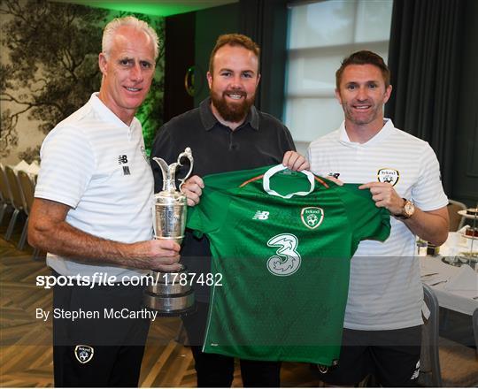 2019 Open Champion Shane Lowry visits Republic of Ireland Squad