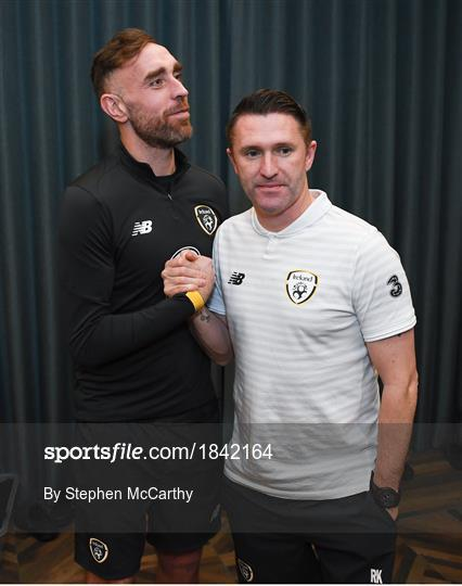 Richard Keogh arrives at Republic of Ireland Team Hotel