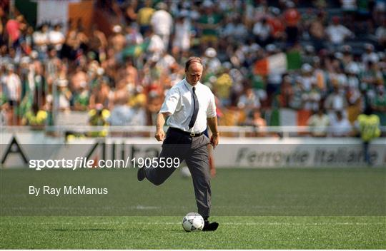 Republic of Ireland v Romania - FIFA World Cup 1990 Round of 16