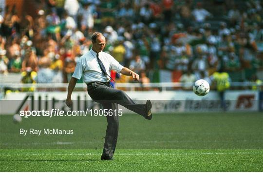 Republic of Ireland v Romania - FIFA World Cup 1990 Round of 16