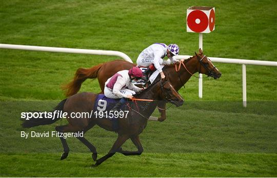 Horse Racing from Leopardstown