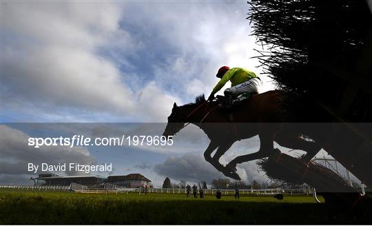 Horse Racing from Navan