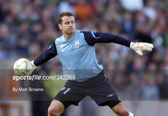 Republic of Ireland v Wales - 2008 European Championship Qualifier