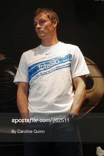 pistola navegador Saltar  Sportsfile - Nike opens Flagship Store in Dublin Photos   page 1