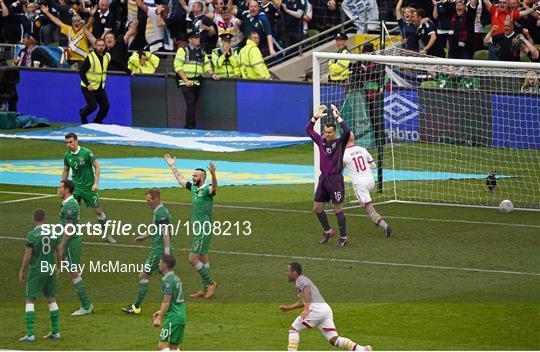 Republic of Ireland v Scotland - UEFA EURO 2016 Championship Qualifier - Group D