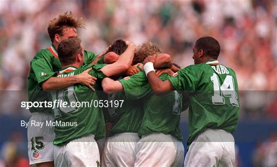 Republic of Ireland v Italy - FIFA World Cup 1994 Group E