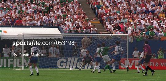 Republic of Ireland v Italy - FIFA World Cup 1994 Group E