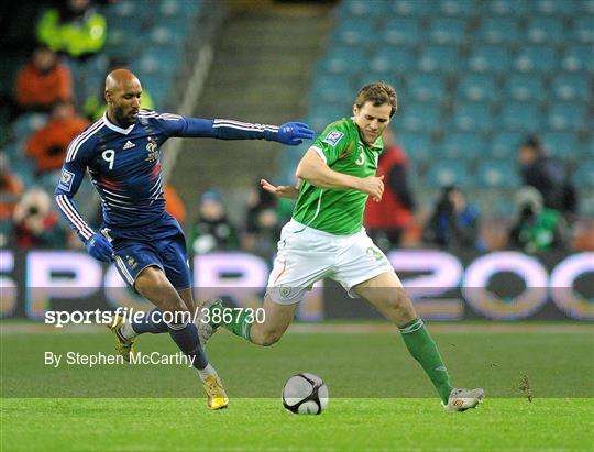 Republic of Ireland v France - FIFA 2010 World Cup Qualifying Play-Off 1st leg