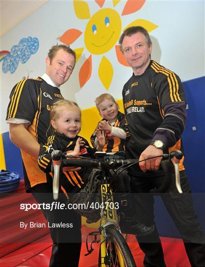 Kilkenny Hurlers Cycle for Enable Ireland