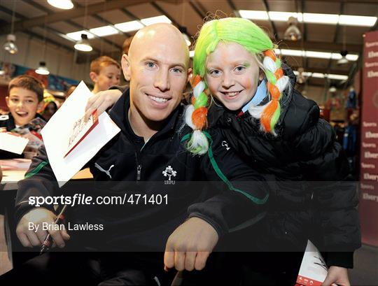 6c15ae27504 Sportsfile - Irish Rugby Team signing in Elverys Sports - 471401