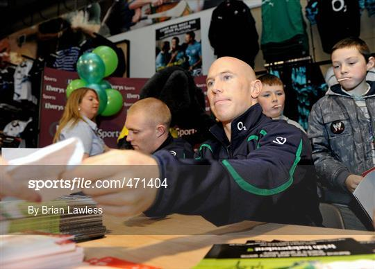 5619dc59c61 Sportsfile - Irish Rugby Team signing in Elverys Sports - 471404