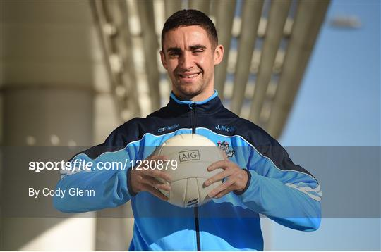 Sam Maguire and Dublin players visit AIG
