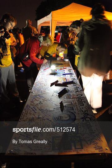 Sportsfile - Darkness into Light 5K Charity Road Race 2011